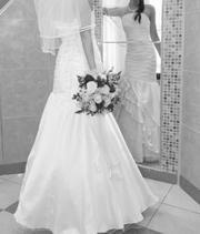 Продается оригинальное свадебное платье